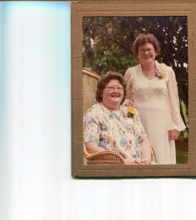 mom-and-lisa-1978